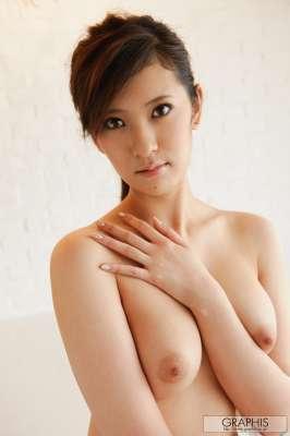 日本脱衣女郎春日由衣1
