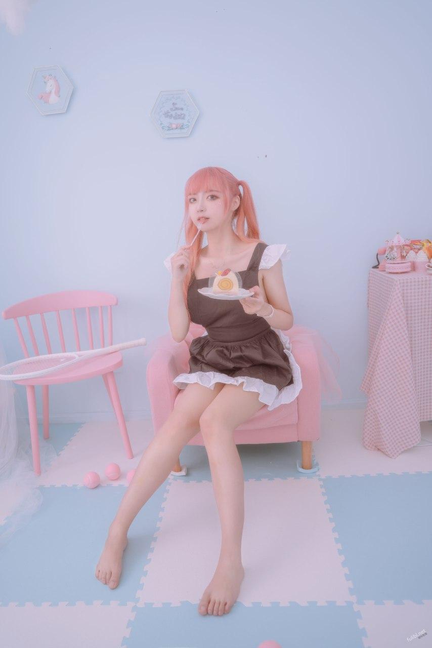 一只云烧-粉红女仆