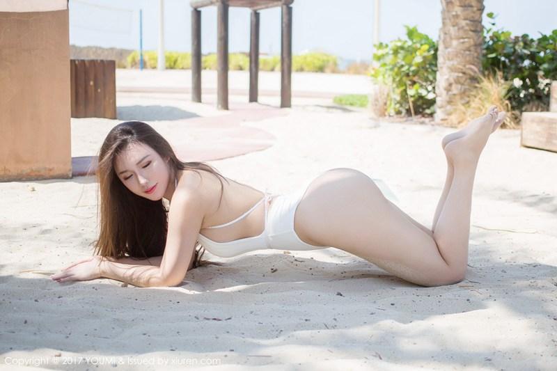 丰乳肥臀尤妮丝