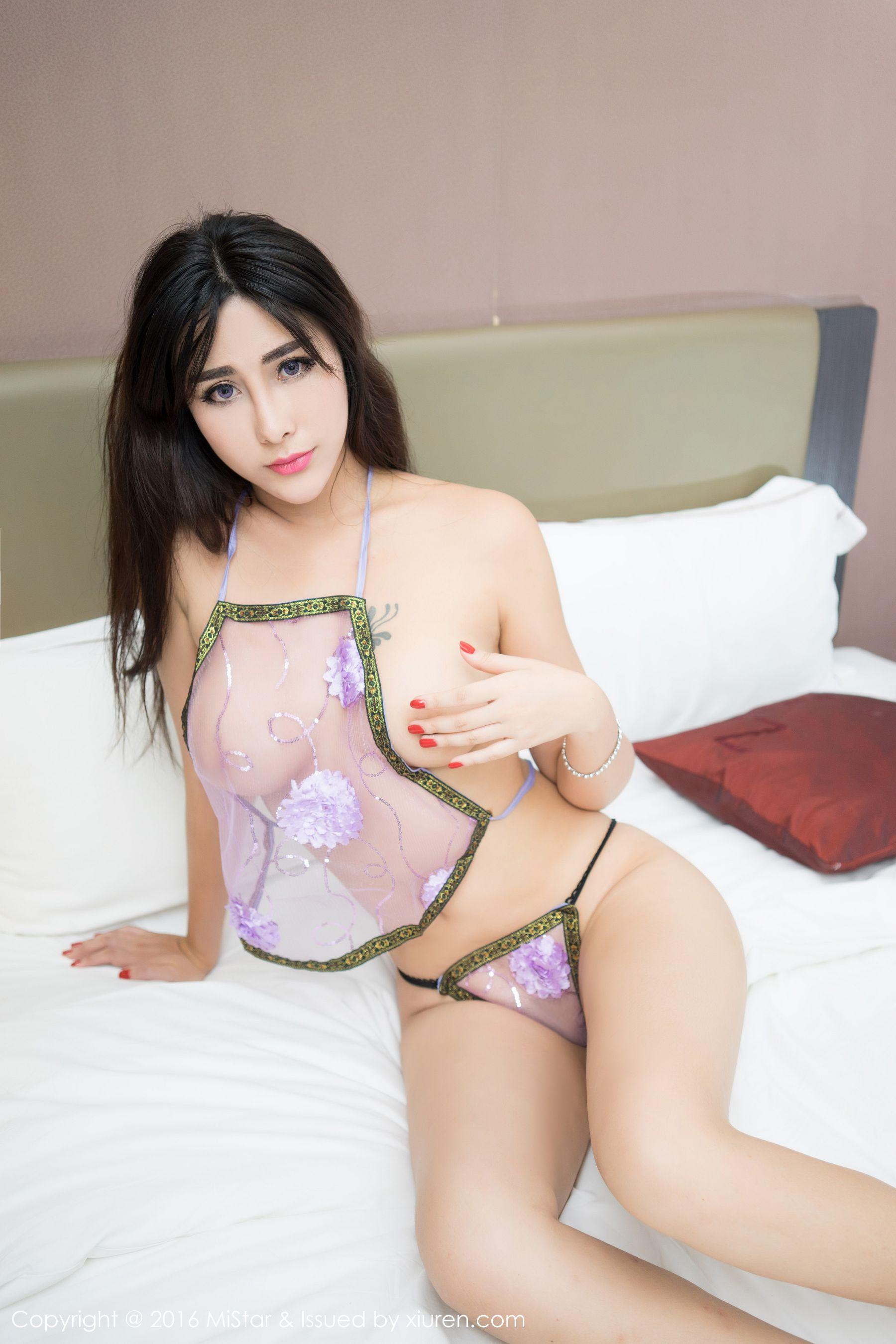 FoxYini孟狐狸 肚兜+透视装