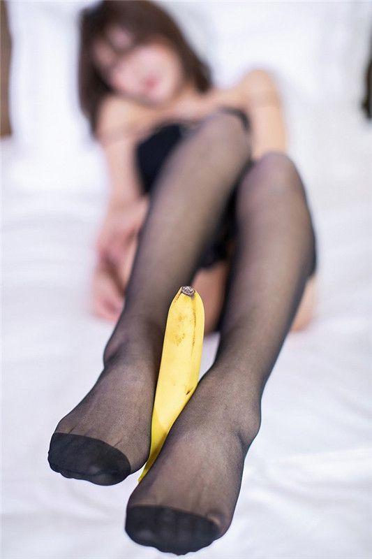 黑丝女神曲线优美长腿逆天