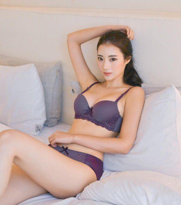 美女ばかりな韩国の下着モデルのエロ画像