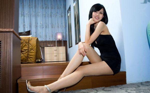 高挑腿模的美腿诱惑
